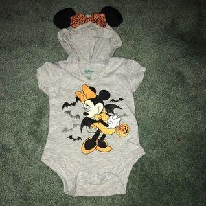 Nwt Disney Baby minne Mouse hooded onsie
